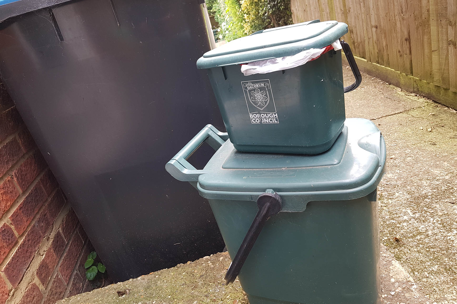 Food Waste Collection Trial in Grovehill 2018