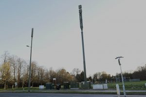 5G MASTS SUDDENLY APPEAR IN GROVEHILL